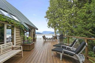 "Photo 16: 594 WALKABOUT Road: Keats Island House for sale in ""Melody Point"" (Sunshine Coast)  : MLS®# R2387729"