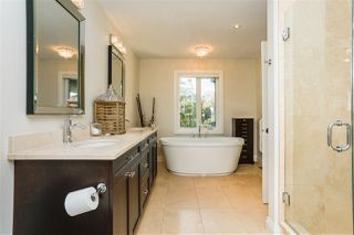 Photo 15: 9730 96 Street in Edmonton: Zone 18 House for sale : MLS®# E4173262