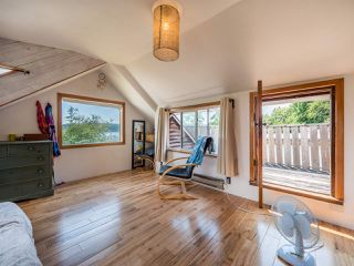 Photo 6: 633 BEACH Avenue in Gibsons: Gibsons & Area House for sale (Sunshine Coast)  : MLS®# R2419076