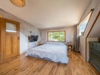 Photo 8: 633 BEACH Avenue in Gibsons: Gibsons & Area House for sale (Sunshine Coast)  : MLS®# R2419076
