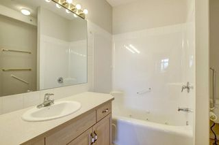 Photo 18: 2113 PATTERSON View SW in Calgary: Patterson Apartment for sale : MLS®# C4290598