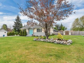 Photo 2: 1956 Galerno Rd in CAMPBELL RIVER: CR Willow Point House for sale (Campbell River)  : MLS®# 837743