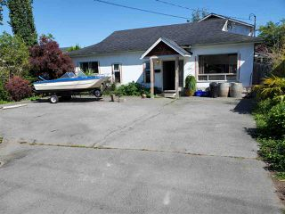 Main Photo: 5070 WESTMINSTER Avenue in Delta: Hawthorne House for sale (Ladner)  : MLS®# R2459366