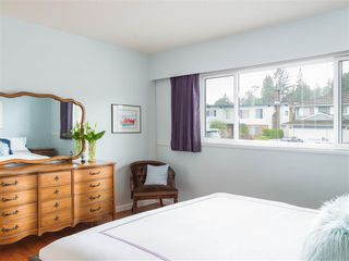 Photo 7: 4229 GLENHAVEN Crescent in North Vancouver: Dollarton House for sale : MLS®# R2465673