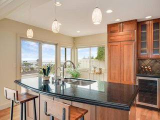 Photo 10: LA JOLLA House for sale : 3 bedrooms : 883 Candlelight Place