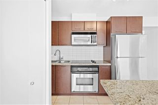 "Photo 5: 805 1199 SEYMOUR Street in Vancouver: Downtown VW Condo for sale in ""BRAVA"" (Vancouver West)  : MLS®# R2490228"