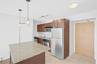 "Photo 4: 805 1199 SEYMOUR Street in Vancouver: Downtown VW Condo for sale in ""BRAVA"" (Vancouver West)  : MLS®# R2490228"