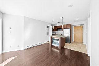 "Photo 10: 805 1199 SEYMOUR Street in Vancouver: Downtown VW Condo for sale in ""BRAVA"" (Vancouver West)  : MLS®# R2490228"