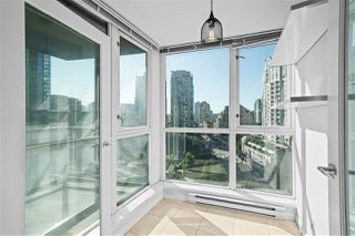 "Photo 14: 805 1199 SEYMOUR Street in Vancouver: Downtown VW Condo for sale in ""BRAVA"" (Vancouver West)  : MLS®# R2490228"