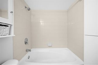 """Photo 17: 805 1199 SEYMOUR Street in Vancouver: Downtown VW Condo for sale in """"BRAVA"""" (Vancouver West)  : MLS®# R2490228"""