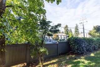 Photo 17: 106 3089 Barons Rd in : Na Uplands Condo for sale (Nanaimo)  : MLS®# 857723