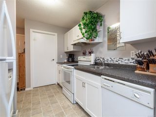 Photo 4: 106 3089 Barons Rd in : Na Uplands Condo for sale (Nanaimo)  : MLS®# 857723