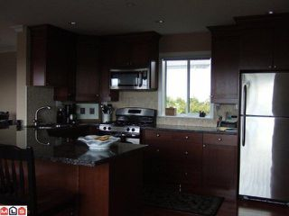 Photo 2: 938 Keil Street in White Rock: Home for sale : MLS®#  F1111919