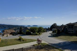 """Photo 5: Lot 2 SPYGLASS Place in Gibsons: Gibsons & Area Land for sale in """"MARINERS LOOKOUT"""" (Sunshine Coast)  : MLS®# R2515896"""