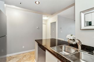 "Photo 8: PH2 828 AGNES Street in New Westminster: Downtown NW Condo for sale in ""WESTMINSTER TOWERS"" : MLS®# R2517567"