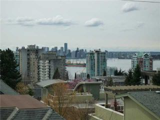 "Photo 10: 109 209 E 6TH Street in North Vancouver: Lower Lonsdale Townhouse for sale in ""ROSE GARDEN COURT"" : MLS®# V882100"