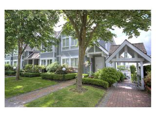 "Photo 1: 109 209 E 6TH Street in North Vancouver: Lower Lonsdale Townhouse for sale in ""ROSE GARDEN COURT"" : MLS®# V882100"