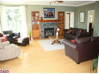 "Photo 8: 4550 UDY Road in Abbotsford: Sumas Mountain House for sale in ""Sumas Mtn."" : MLS®# F1117342"