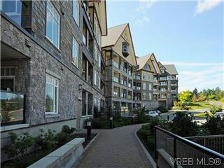 Photo 16: 302 1375 Bear Mountain Parkway in VICTORIA: La Bear Mountain Condo Apartment for sale (Langford)  : MLS®# 298593