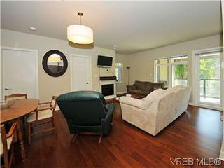 Photo 6: 302 1375 Bear Mountain Parkway in VICTORIA: La Bear Mountain Condo Apartment for sale (Langford)  : MLS®# 298593