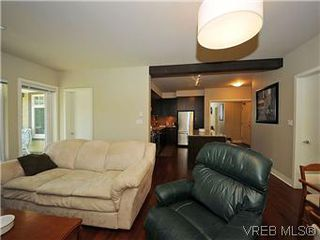 Photo 7: 302 1375 Bear Mountain Parkway in VICTORIA: La Bear Mountain Condo Apartment for sale (Langford)  : MLS®# 298593