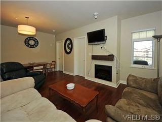 Photo 5: 302 1375 Bear Mountain Parkway in VICTORIA: La Bear Mountain Condo Apartment for sale (Langford)  : MLS®# 298593