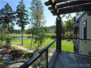 Photo 11: 302 1375 Bear Mountain Parkway in VICTORIA: La Bear Mountain Condo Apartment for sale (Langford)  : MLS®# 298593