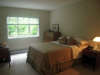 "Photo 4: 106 2020 CEDAR VILLAGE Crescent in North Vancouver: Westlynn Condo for sale in ""Kirkstone Gardens"" : MLS®# V924600"