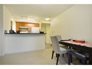 Photo 4: 702 1295 RICHARDS Street in Vancouver: Downtown VW Condo for sale (Vancouver West)  : MLS®# V924739