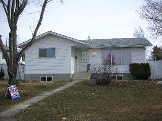 Photo 1: 1432 KNOTTWOOD ROAD EAST: House for sale (Ekota)  : MLS®# E3085147