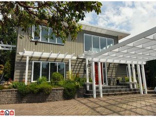 Photo 1: 15493 ROYAL Avenue: White Rock House for sale (South Surrey White Rock)  : MLS®# F1219553