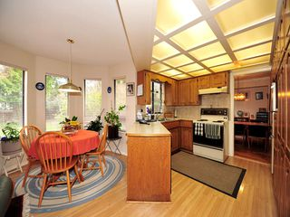 Photo 6: 5994 SOUTHPARK Grove in Surrey: Panorama Ridge House for sale : MLS®# F1304583