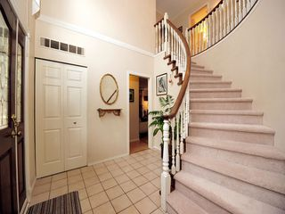 Photo 2: 5994 SOUTHPARK Grove in Surrey: Panorama Ridge House for sale : MLS®# F1304583