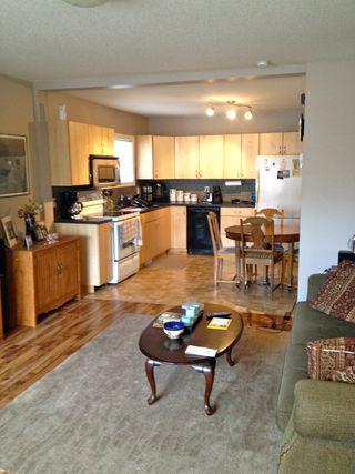 Photo 2: 11414 89 Street NW: Edmonton House for sale : MLS®# E3334405