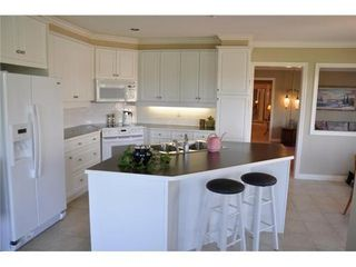 Photo 2: 303 1330 HUNTER Road in Tsawwassen: Beach Grove Home for sale ()  : MLS®# V907002
