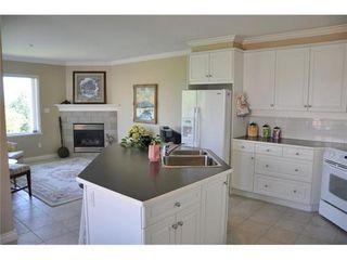 Photo 3: 303 1330 HUNTER Road in Tsawwassen: Beach Grove Home for sale ()  : MLS®# V907002