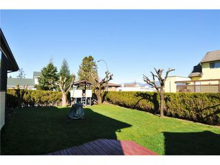 """Photo 14: 12450 MEADOW BROOK Place in Maple Ridge: Northwest Maple Ridge House for sale in """"MEADOW BROOK PLACE"""" : MLS®# V1055365"""