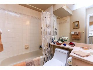 "Photo 17: 33 9168 FLEETWOOD Way in Surrey: Fleetwood Tynehead Townhouse for sale in ""The Fountains"" : MLS®# F1414728"