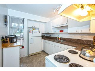 """Photo 7: 109 13786 103RD Avenue in Surrey: Whalley Townhouse for sale in """"THE MEADOWS"""" (North Surrey)  : MLS®# F1431821"""