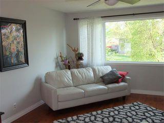 Photo 6: 240 VAN HORNE Crescent NE in Calgary: Vista Heights House for sale : MLS®# C4012124
