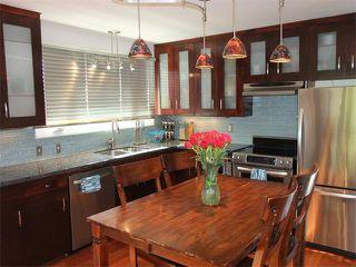 Photo 3: 240 VAN HORNE Crescent NE in Calgary: Vista Heights House for sale : MLS®# C4012124