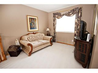 Photo 15: 60 DOUGLASVIEW Rise SE in Calgary: Douglasdale Estates House for sale : MLS®# C4012929