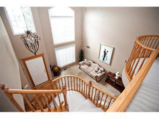 Photo 2: 60 DOUGLASVIEW Rise SE in Calgary: Douglasdale Estates House for sale : MLS®# C4012929