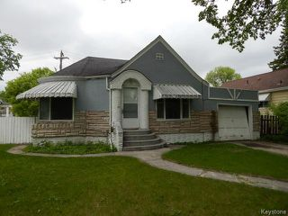 Photo 1: 1049 Manahan Avenue in WINNIPEG: Manitoba Other Residential for sale : MLS®# 1514525