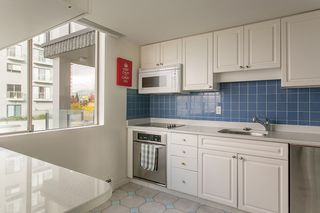 "Photo 13: 201 2108 ARGYLE Avenue in West Vancouver: Dundarave Condo for sale in ""NAVVY JACK WEST"" : MLS®# R2012640"
