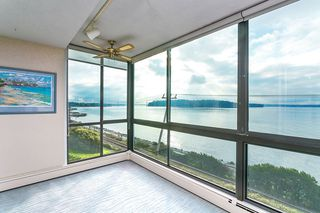 "Photo 2: 201 2108 ARGYLE Avenue in West Vancouver: Dundarave Condo for sale in ""NAVVY JACK WEST"" : MLS®# R2012640"