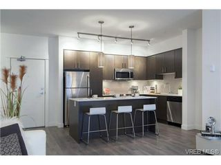 Photo 3: 401 290 Wilfert Rd in VICTORIA: VR Six Mile Condo for sale (View Royal)  : MLS®# 717203