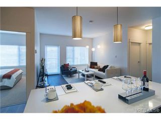 Photo 4: 401 290 Wilfert Rd in VICTORIA: VR Six Mile Condo for sale (View Royal)  : MLS®# 717203