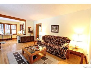 Photo 4: 19 Kingston Row in WINNIPEG: St Vital Residential for sale (South East Winnipeg)  : MLS®# 1531188