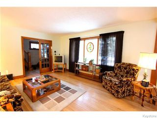 Photo 3: 19 Kingston Row in WINNIPEG: St Vital Residential for sale (South East Winnipeg)  : MLS®# 1531188